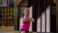Baile 13: Michelle baila sola y triste