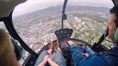 Thumbnail for entry Helikoptertur med vinneren av sjåførtipskonkurransen