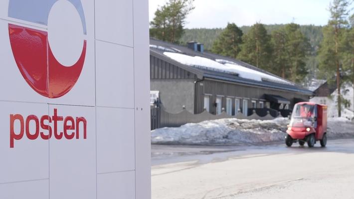 Brev- og pakkeroboten testes i Kongsberg