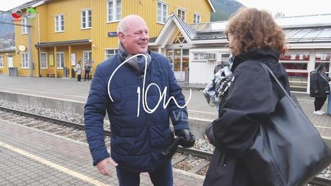 Thumbnail for entry Tones vlog #32: På besøk i Otta