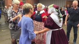 Thumbnail for entry Høstgudstjeneste og folkedans i Stoholm