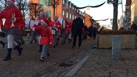 Thumbnail for entry Skjern vækker julemand i den gamle mølle !