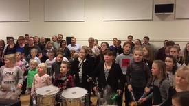 Thumbnail for entry Skolefest på Nr Vium Troldhede Skole