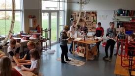 Thumbnail for entry Eksperimentarium på Alt i et-Skolen, Klinkby