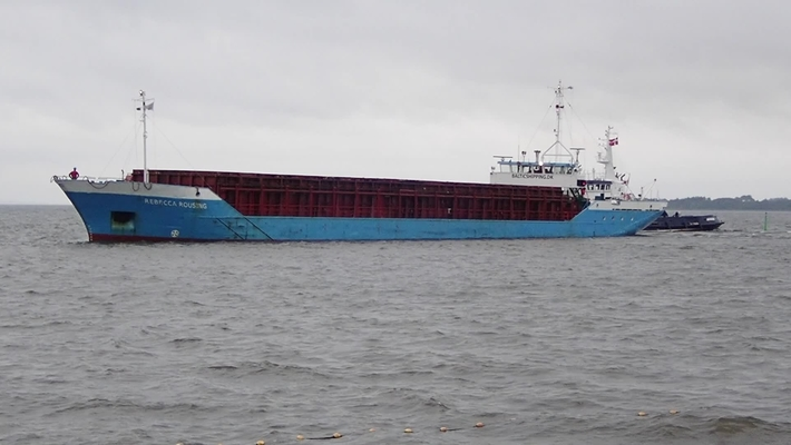 Skib grundstødt i Skive Havn