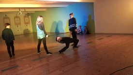 Thumbnail for entry Limbo dans på diskotek til Boddum Ydby friskoles skolefest