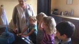 Thumbnail for entry Vestbyen friskole besøger Nr.Vosborg