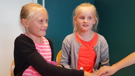 Thumbnail for entry Matematikspil på Alt i et-Skolen, Klinkby
