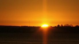 Thumbnail for entry solen stod op kl 0819