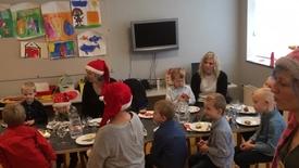 Thumbnail for entry Julefrokost i Nr. Vium Børnehus