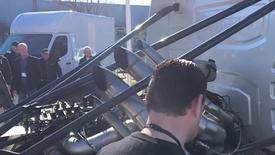 Thumbnail for entry Lastbilernes F1-stjerne gasser op