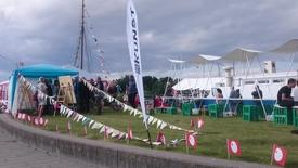 Thumbnail for entry Well Come Kunstfestival besøger Sakskøbing Havn tirsdag den 2. august