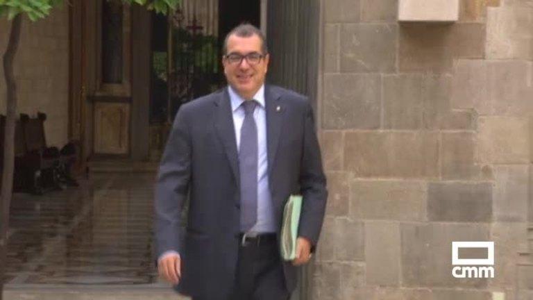 Puigdemont sustituye a 3 consejeros y a un alto cargo de la Generalitat