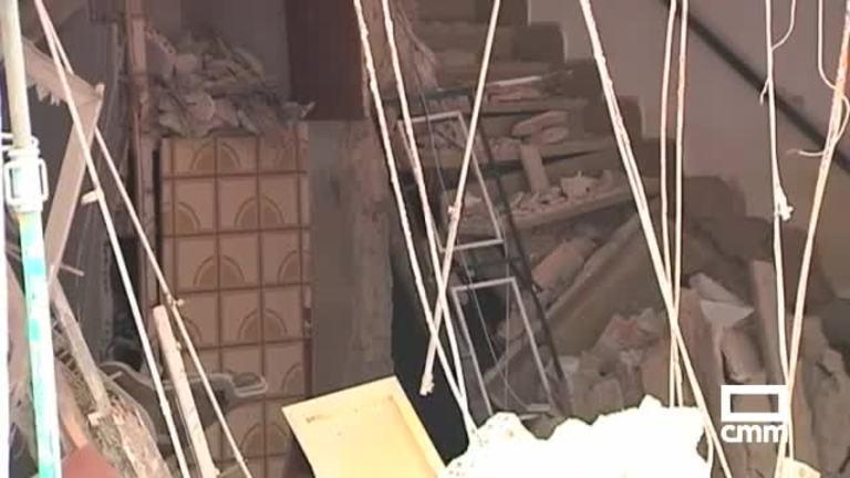 Dos mujeres rescatadas de una casa de Tarancón tras el derrumbe de la fachada