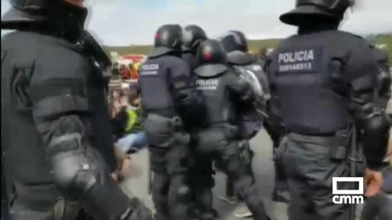 Cataluña: Una detenida por coordinar los cortes de carreteras y sabotajes de Semana Santa