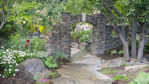 Thumbnail for entry Thomas E. Ricks Garden Tour