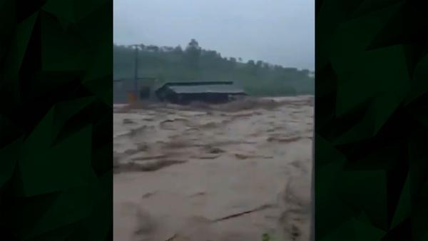 Heavy Flooding Hits Chinese Megacity
