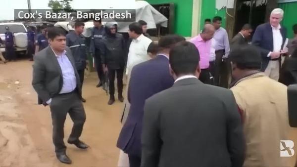 Top Myanmar Official Meets with Rohingya at Bangladesh Camp