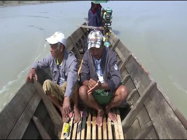 Sand Dredging Sucking up Myanmar's Salween River