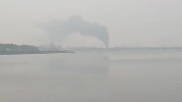 중국 단둥 압록강변에서 촬영한 신의주 대형화재 영상