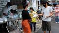 Saigon Volunteers Give Meals to the Needy During Coronavirus Outbreak