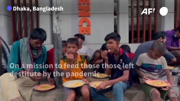 COVID-19: Bangladesh Street Kitchens Battle to Keep Free Food on Menu