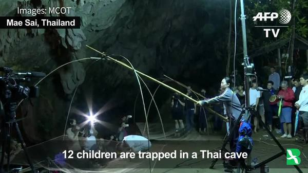 Thais Search for 12 Children Trapped in Flooded Cave