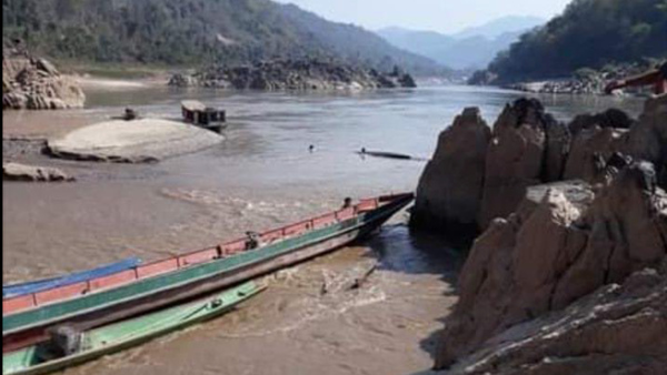 Fishing Boats Wash Away after Lao Dam Releases Water Without Warning