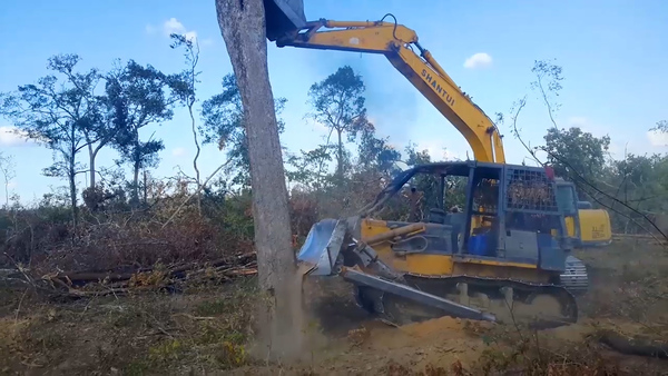Cambodia's Kuoy in Land Conflict with Chinese Company