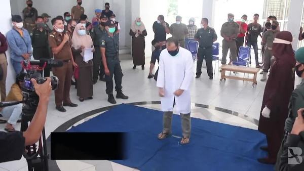 Men Convicted of Gay Sex Caned in Indonesia's Aceh Province