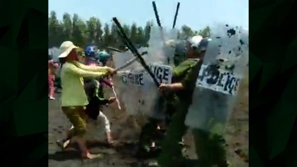 Police, Khmer Krom Farmers Clash in Vietnam