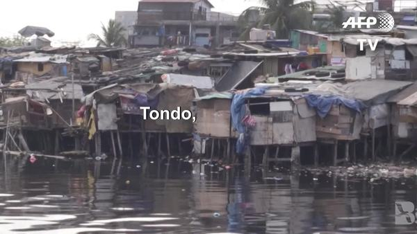 Social Isolation to Halt COVID-19 an Impossible Task in Manila's Slum District