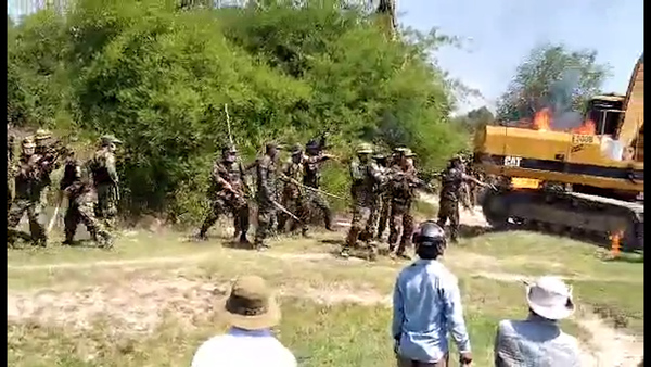 Cambodian Soldiers Open Fire on Land Protesters, Injuring One