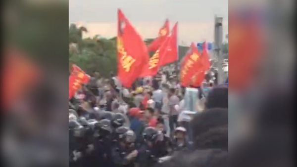 Riot Police, Residents Clash Over Home Demolitions in Guangxi