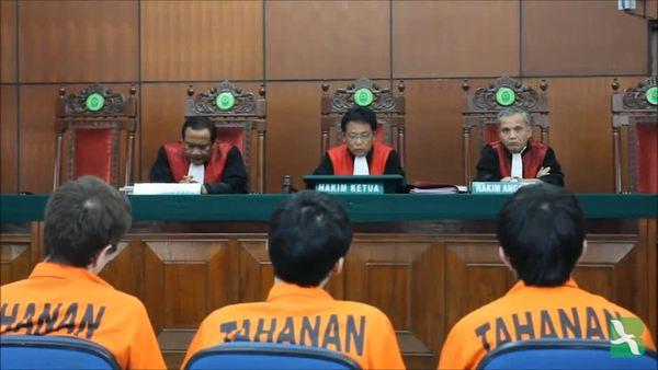 Pengacara Suku Uighur: Tidak Puas Dengan Putusan Hakim