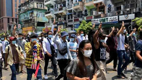 Brief Protest in Yangon Despite Threat of Violence From Military Junta
