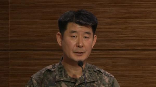 북한 군인과 주민들의 한국 귀순 잇따라