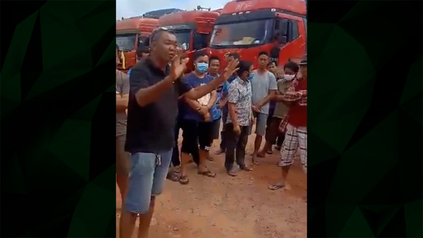 Video Shows Trade Tension on the Laos-China Border
