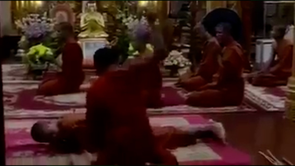 Video of Monk Beating Young Acolytes Goes Viral on Social Media in Cambodia