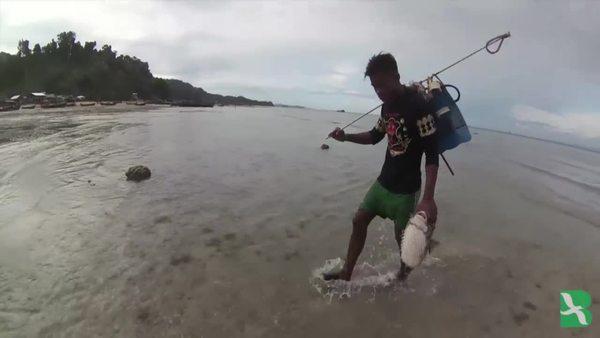 Commercial Fishing Threatens Southeast Asia's Moken 'Sea Gypsies'