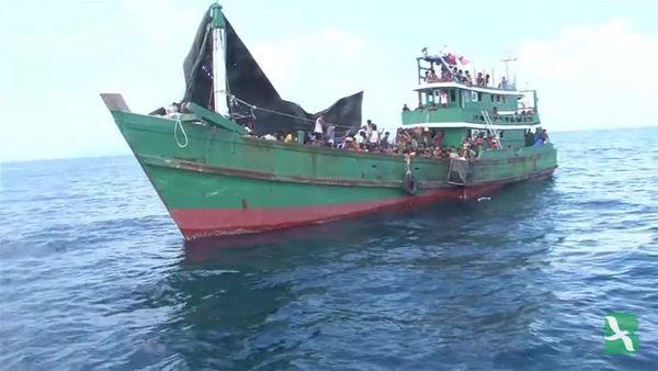 ผู้อพยพชาวโรฮีนจาถูกพบลอยเรือเคว้งคว้างกลางทะเล