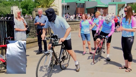 Thumbnail for entry Professor Todd Landman's blindfolded bike ride