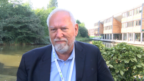 Thumbnail for entry Expert views - Dickson Despommier on Urban Agriculture & Vertical Farming (full interview)