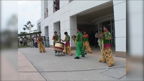 Thumbnail for entry Lion dance on Malaysia Campus 2009