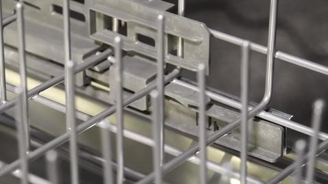 Thumbnail for entry Removing the dishwasher racks