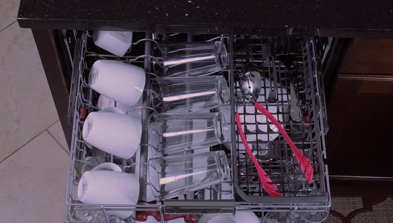 Fit more dishes in your third level rack - KitchenAid® Dishwashers