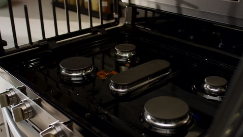 Thumbnail for entry EZ-2-Lift™ Grates with Whirlpool Ranges