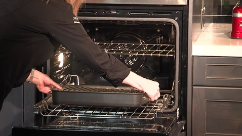 Thumbnail for entry Learning about the KitchenAid® Smart Oven+ - KODE900H Product Training