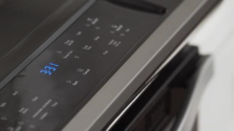 Guided Cooktop Controls Competitive Comparison - Whirlpool Front Control Freestanding Range