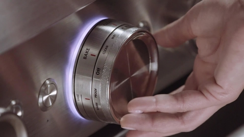 Thumbnail for entry Responsive Back Lighting on the Dual Concentric Knob - KitchenAid® Commercial-Style Ranges